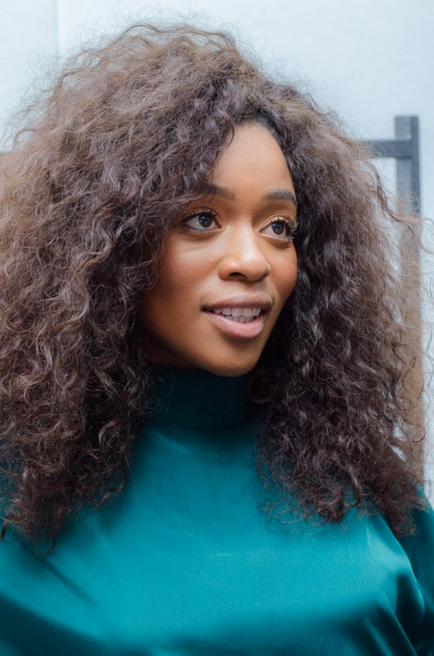 File:Nomzamo-Mbatha-Mercedes-Benz-Fashion-Week-Joburg-2016-4.jpg